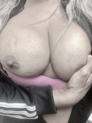 Lily-anne sex dating in Davenport IA